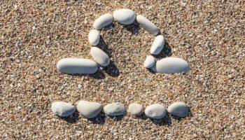 Особенные камни для Весов: талисманы и амулеты