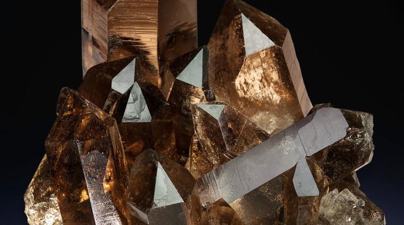 Раухтопаз камень: свойства, описание и фото камня