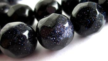 Камень авантюрин – священный минерал