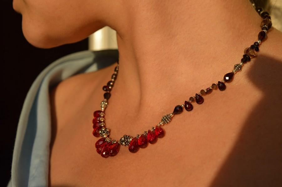 ожерелье из бус